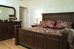 adams-st-gst-hse-bed-8837.jpg